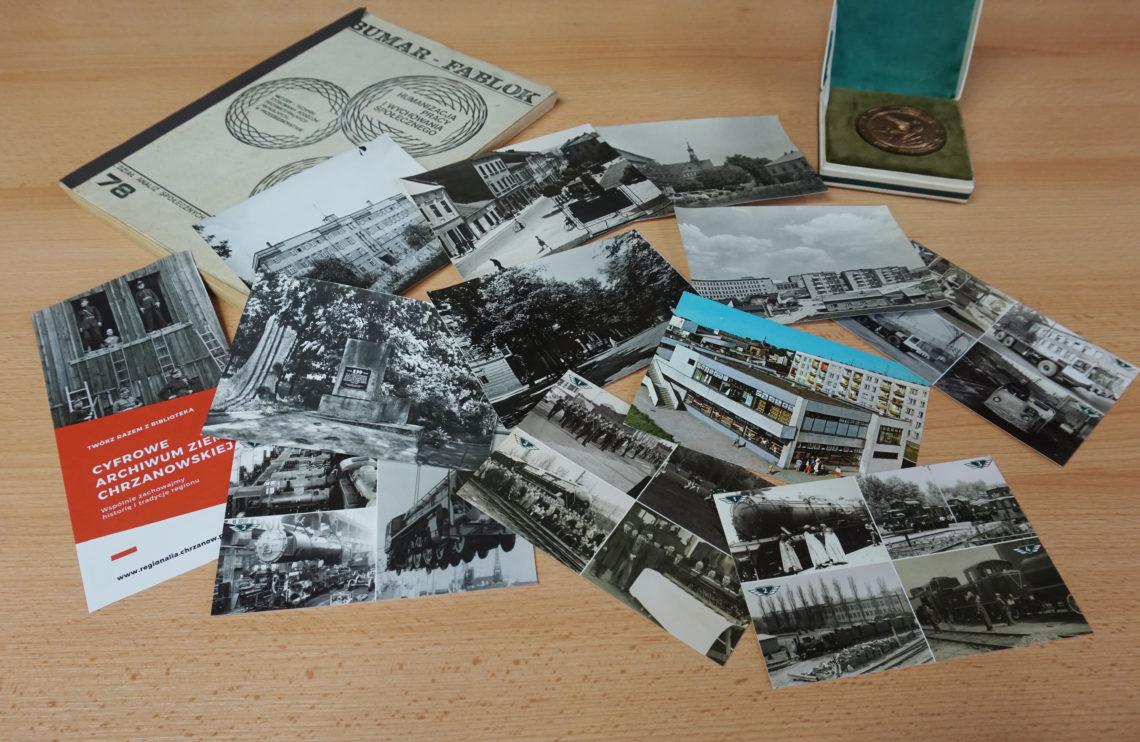 Fotografia materiałow archiwalnych: pocztówek, zdjęć, maszynopisu itp.